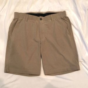 Under Armour Men's Khaki Heatgear Shorts Size 36